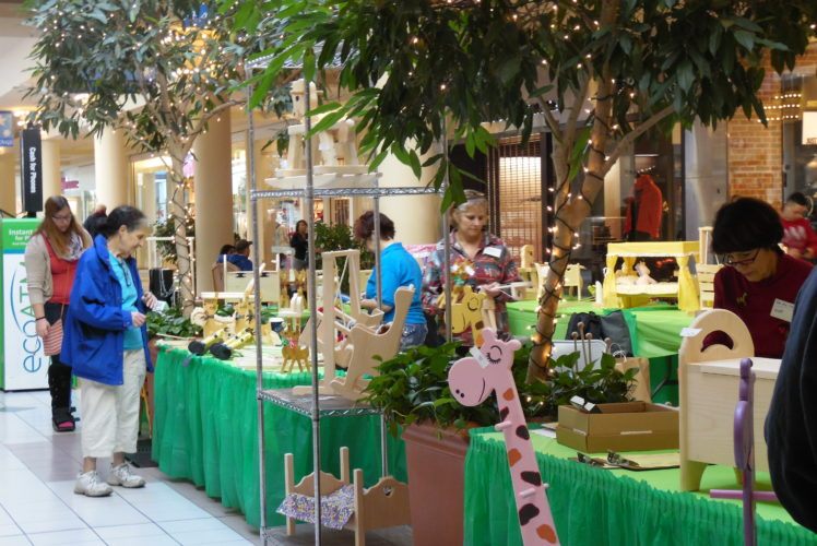 Annual Woodworking Holiday Sale December 16-18th @ Greece Ridge Mall